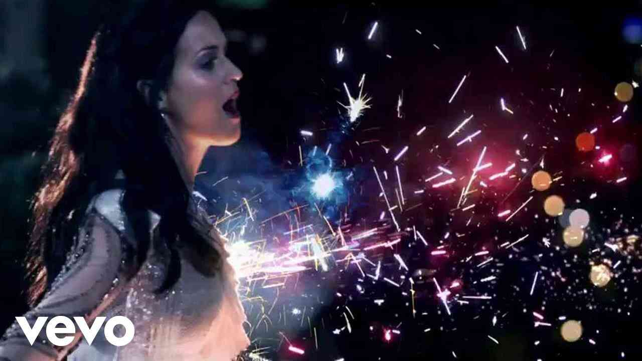 Katy Perry - Firework (Official) - YouTube