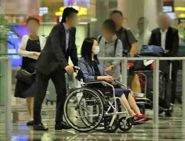 転倒して重症の松田聖子 車椅子で武道館&シンガポールへ (NEWS ポストセブン) - Yahoo!ニュース