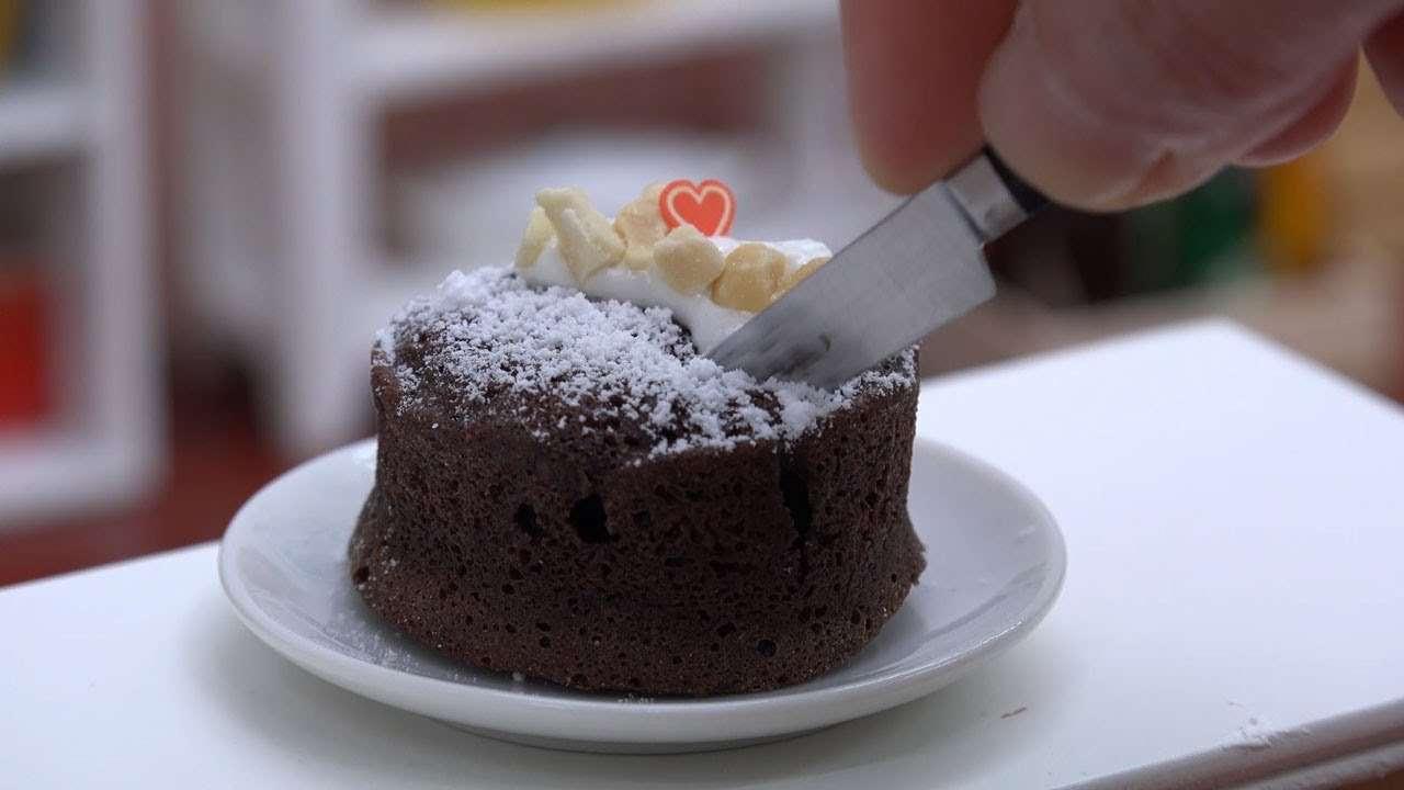 MiniFood Gateau au Chocolat 食べれるミニチュア ガトーショコラ - YouTube