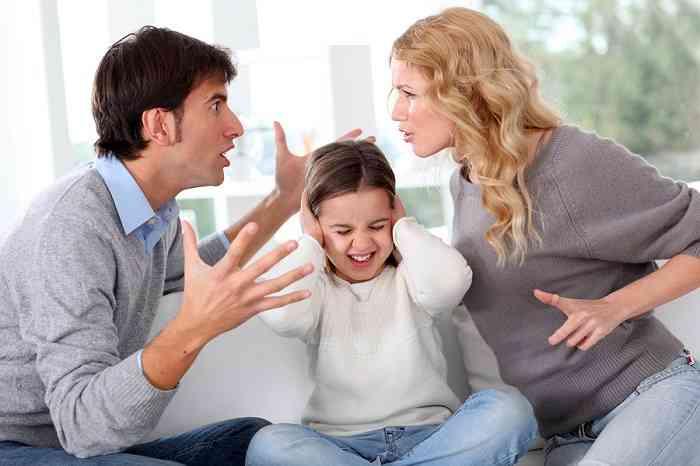 夫婦仲が悪い両親のもとで育った人の結婚願望。