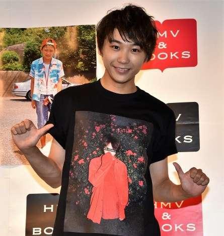 須賀健太、今年で芸歴20年目も「新人のつもりでやりたい」
