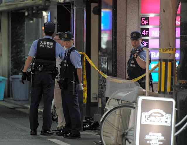 大阪・ミナミの飲食店内で男性刺される 凶器は日本刀か:朝日新聞デジタル