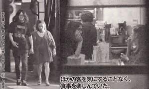 浅野忠信18歳下のモデル中田クルミと渋谷「デレデレ」デート現場