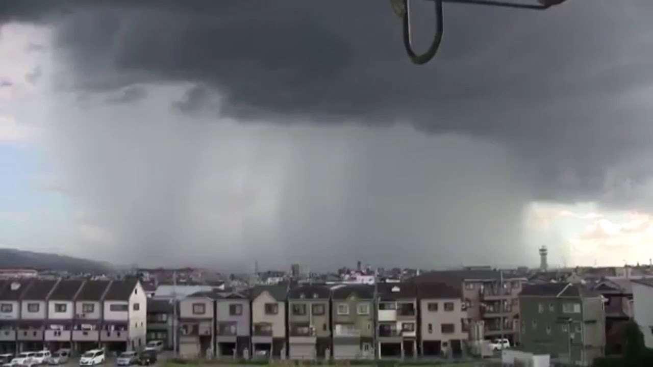 【ゲリラ豪雨】東京ゲリラ豪雨、雷まとめ動画 - YouTube