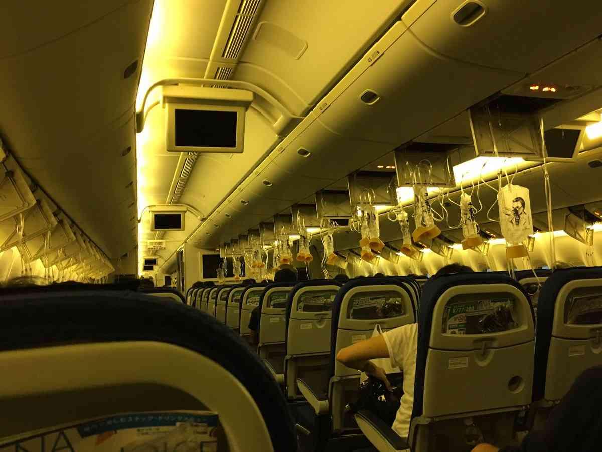 全日空機が羽田に緊急着陸 機内の気圧トラブルか