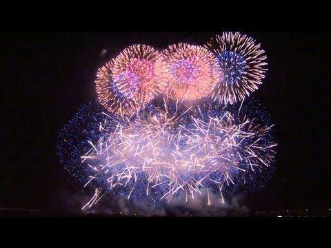 長岡花火 2013 天地人花火 野村花火工業 8月2日 Japan,TenChiJin Fireworks 2013 at Nagaoka ,Niigata Pref. - YouTube