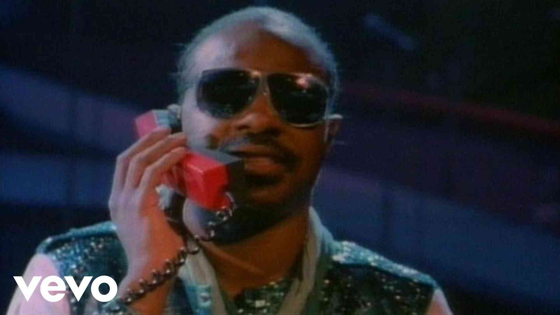 Stevie Wonder - I Just Called To Say I Love You - YouTube