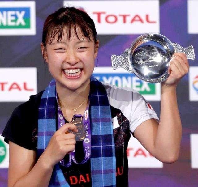 奥原希望、シングルスで日本人初「金」…全種目通じ40年ぶり : スポーツ報知