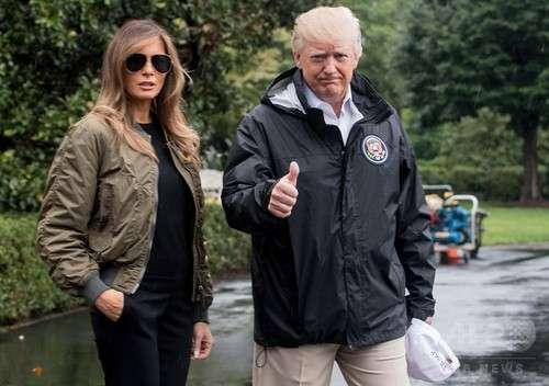 トランプ米大統領の妻・メラニア夫人、被災地訪問ファッションが波紋