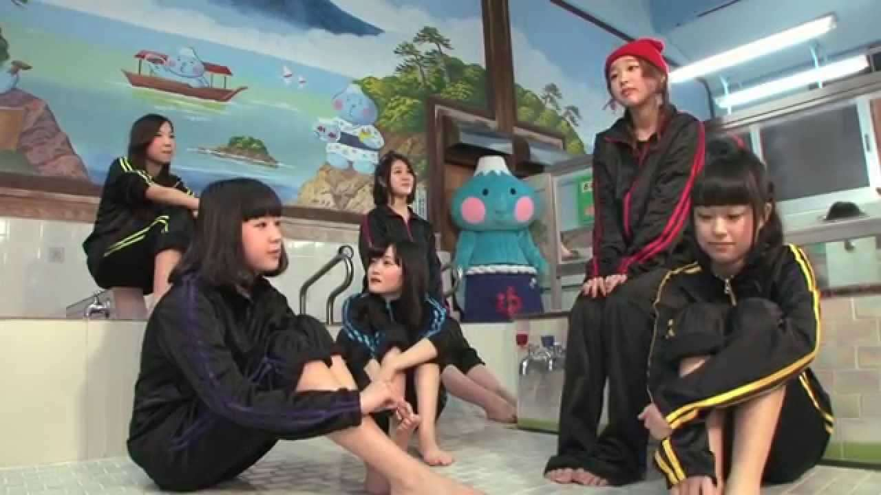 【リトグリ】女子中高生ボーカルグループが銭湯であったかい歌を歌ってみた 3部作その2「青春フォトグラフ バラード」編 - YouTube