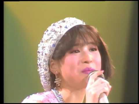 BITTER SWEET LOLLIPOPS / 松田聖子 Seikoland 武道館ライヴ1983 - YouTube
