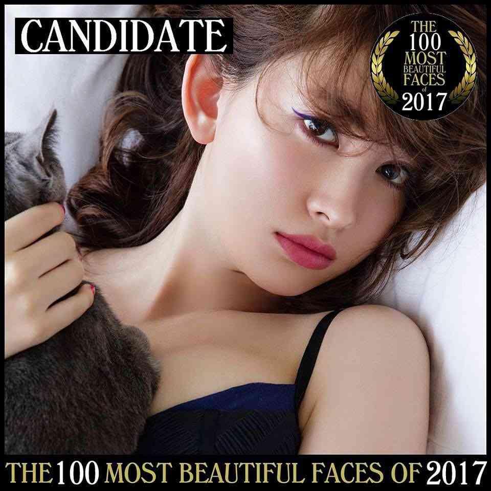 """小嶋陽菜""""世界で最も美しい顔100人""""の風格 撮影オフショットに「ノミネートおめでとう」の声"""