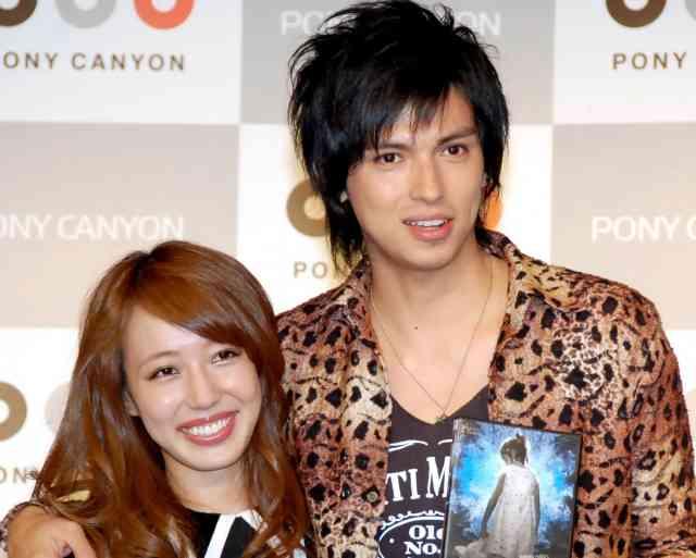 アレクサンダー&川崎希に第1子男児誕生 夫婦そろってブログで報告