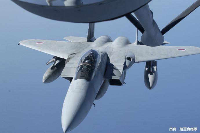 尖閣諸島での中国ドローン挑発に空自幹部お手上げ…F-15J戦闘機のレーダーには映らない! : 軍事・ミリタリー速報☆彡