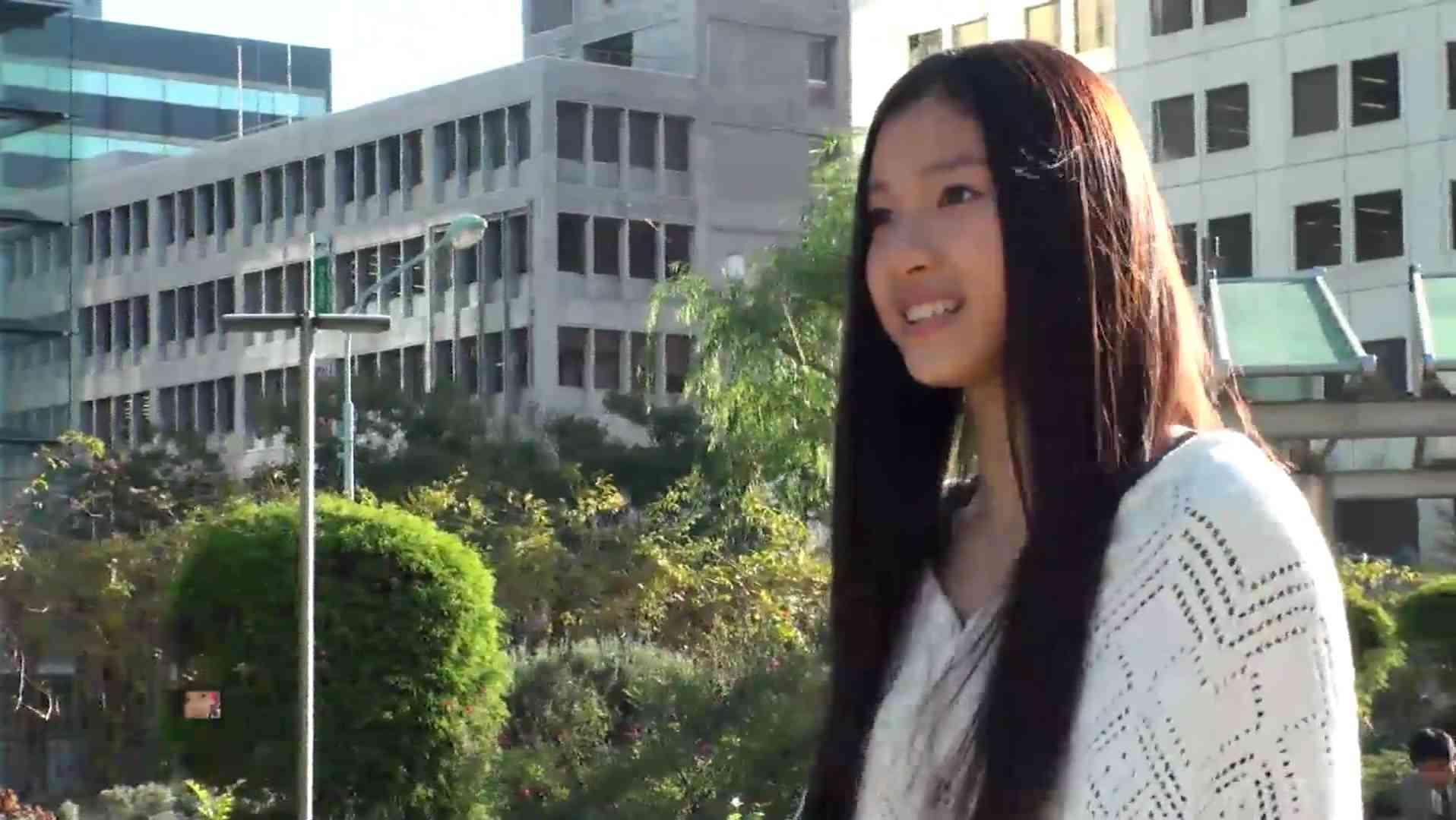 エメラナ姫・土屋太鳳【東スポ・ズームアップ美女】 - YouTube