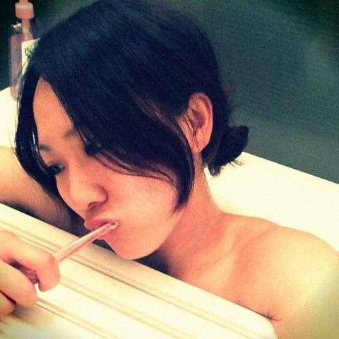 丸山桂里奈、お風呂ですごいサービスも「全くセクシーじゃない」と酷評