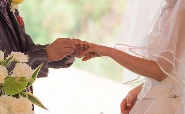 いつごろ結婚したい?中学3年生に意識調査「20代で結婚」が最多