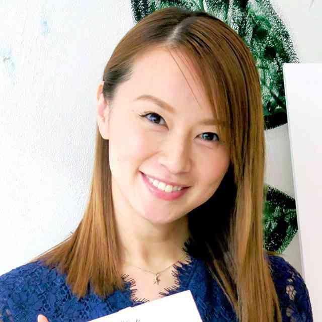 鈴木亜美、生後半年の長男のベビーカーは14万円!教育にはお金惜しまずもマッサージは自分で! : スポーツ報知