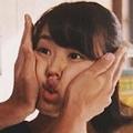 有村架純がInstagramで「顔むぎゅ」披露 「可愛すぎて死にそう」