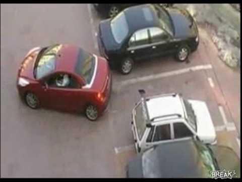 駐車場で無理やり横入りされたときの、超スマートな報復方法.flv - YouTube