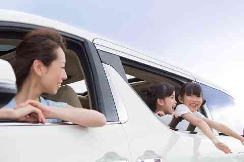 うちの車に便乗したがる図々しい「ママ友」、事故が発生したら賠償義務はある? - 弁護士ドットコム