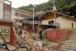 中国の九寨溝地震の死傷者が500人超 生後11カ月の女児も犠牲に