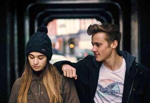 イケメンと結婚した女は、ブサメンと結婚するよりも不幸になりやすいことが判明