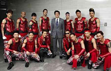 安倍晋三首相、EXILEライブに感動「Rising Sunは元気になる曲」