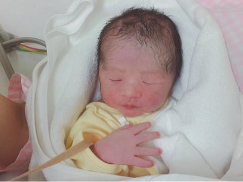 モデルの徳澤直子が第2子出産を報告「ほんとに、たまらんです」