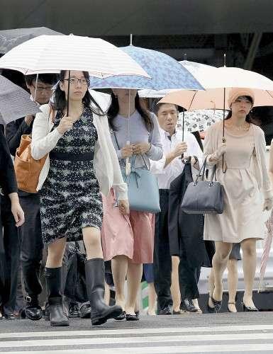 都心で40年ぶり、16日連続の雨…野菜高値に : 社会 : 読売新聞(YOMIURI ONLINE)
