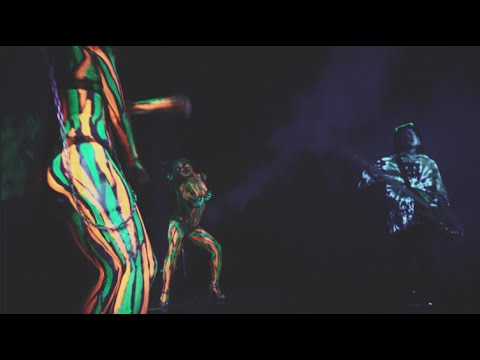 WANIMA -BIG UP(OFFICIAL VIDEO) - YouTube