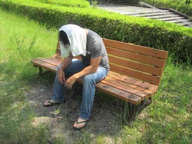 足は冷たいのに上半身は熱い 「冷えのぼせ」で夏バテ悪化 : J-CASTヘルスケア