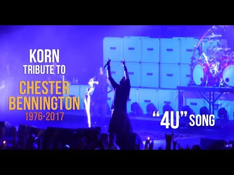 "Korn pay tribute to Chester Bennington with ""4U"" (20th July) - YouTube"