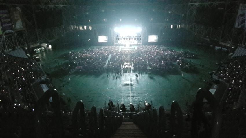アリアナ・グランデのテロ慈善コンサート、約26億円の収益を集める