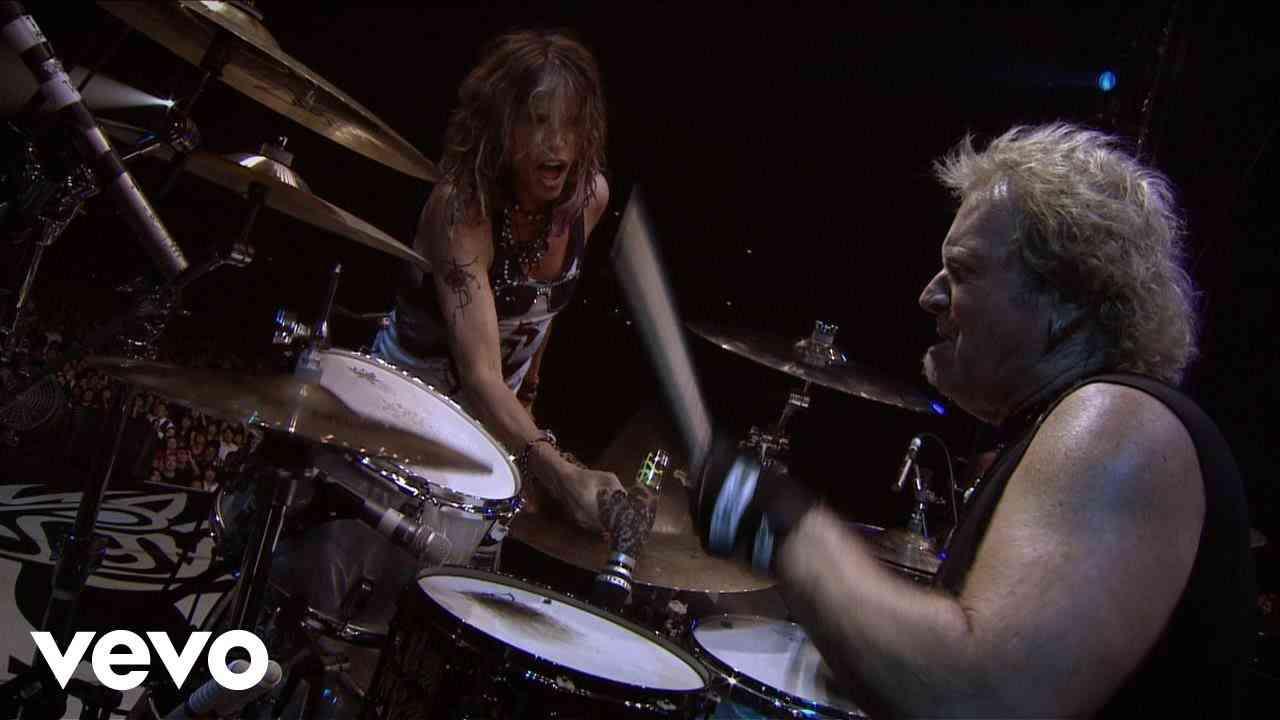 Aerosmith - Sweet Emotion (Live) - YouTube