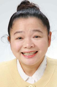 今度は「富豪Youtuber」と名乗る女性が登場!1億3千万円の札束もアップ