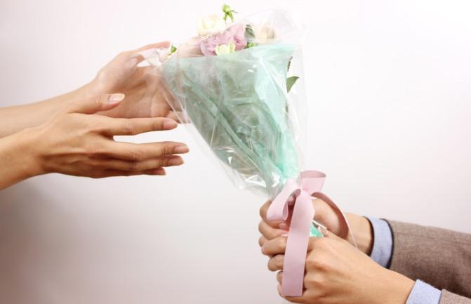 ディズニーランドで公開プロポーズ