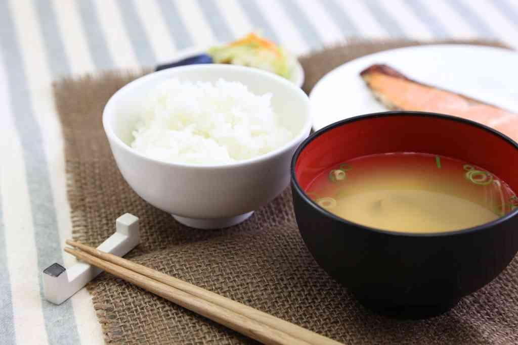 洋食より和食が好きな人!