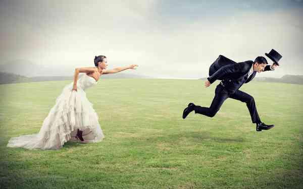 「結婚意識した交際なし」過半数「アプローチは男性からという考え方が主流なのに…」独身アラサー対象の民間調査