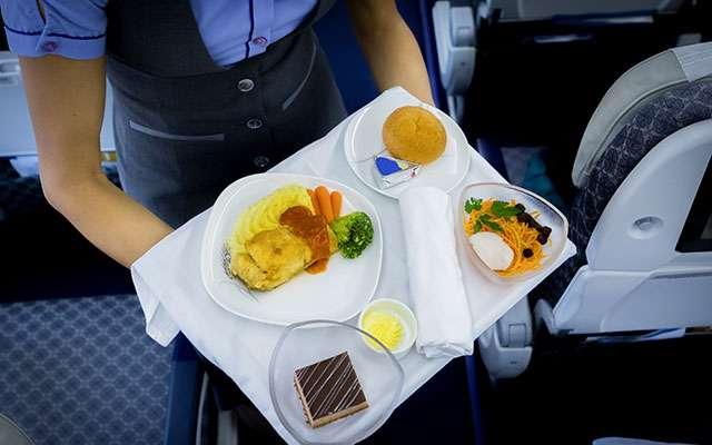 元CAが暴露、東京と大阪の乗客の違い 視聴者「バカにするな」と猛反発  –  grape [グレイプ]