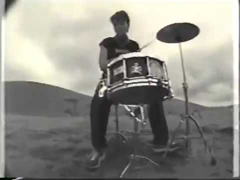 Yellow Machinegun - My Eyes Under The Sands (Official Video) - YouTube
