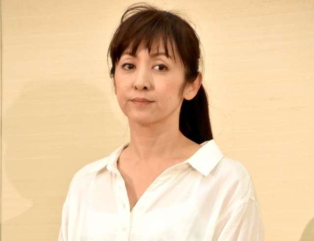 斉藤由貴が50代開業医の男性との不倫を認め謝罪「全て私の責任」 - ライブドアニュース