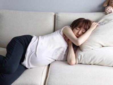 紺野あさ美 夫に変な寝姿を隠し撮りされ「可愛すぎ」「早くも母性」 - Ameba News [アメーバニュース]
