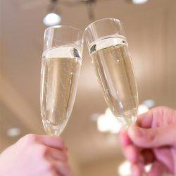宮澤エマがアメリカ式乾杯を語るも「フォーマルを知らないだけ」とチクリ- 記事詳細 Infoseekニュース