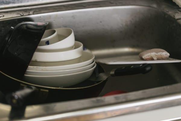 100均の食器を使う人にドン引き? 「使ってる感覚がイヤ」と賛否両論