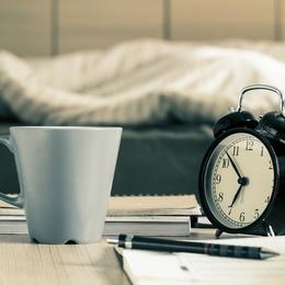 どのくらい寝れば足りる? 社会人が思う平日のベストな睡眠時間Top5! | 社会人ライフ全般 | 社会人ライフ | フレッシャーズ マイナビ 学生の窓口