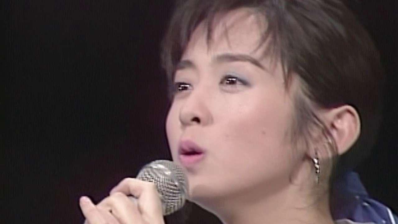 斉藤由貴 夢の中へ (1989) - YouTube
