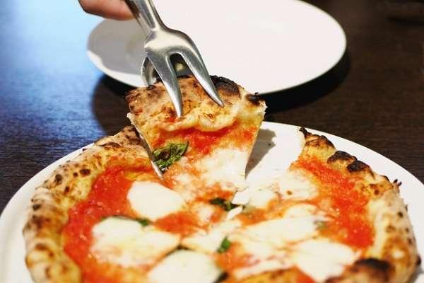 職場のランチでピザを取るのは許されるのか問題 「ダメなものはダメ」と全否定する人も
