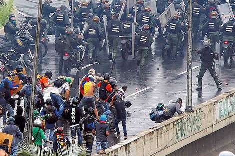 崩壊ベネズエラに迫る内戦の危機 | ワールド | 最新記事 | ニューズウィーク日本版 オフィシャルサイト