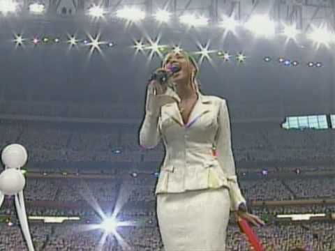 Beyoncé USA National Anthem Live @ Super Bowl 2004 [HQ] - YouTube